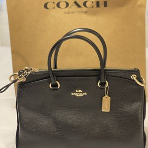 New Authentic Coach Handbag Crossbody for Sale in Lakewood, CA