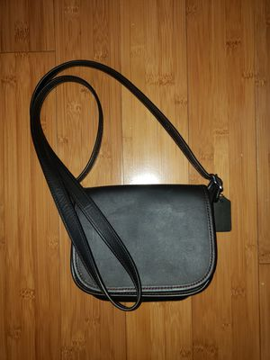 Coach Crossbody or over the Shoulder Purse for Sale in Los Angeles, CA