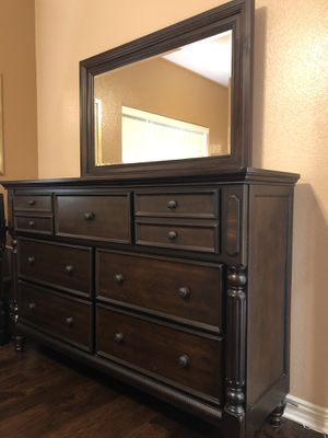 7 drawer chest, nightstand + mirror for Sale in San Diego, CA