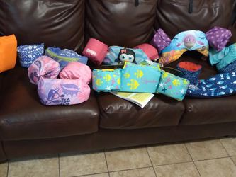 KID'S SPLASH JAMMER PRICE IN THE PICTURES FIRM ON PRICE for Sale in Las Vegas,  NV