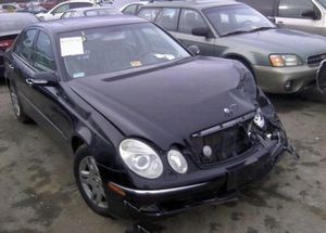 Mercedes E320, W211, 2003. For parts only for Sale in Clearwater, FL