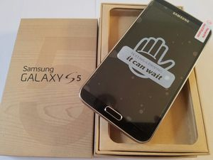 Samsung Galaxy S5 , Excellent Condition, FACTORY UNLOCKED. for Sale in West Springfield, VA
