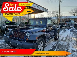 2013 Jeep Wrangler Unlimited for Sale in Mount Prospect, IL