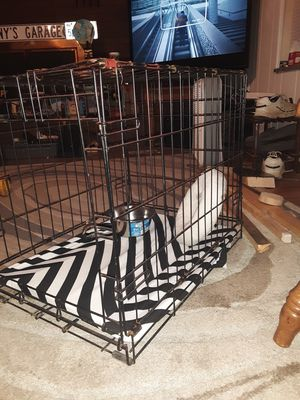 Dog crate for med. Size for Sale in Pittman Center, TN