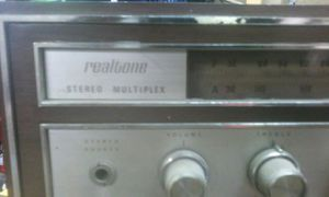 Vintage realtone stereo receiver for Sale in Bedford, OH
