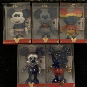 Disney Year Of The Mouse Funko Collectors Mickey Plush LE for Sale in San Diego, CA