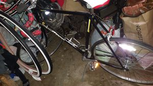 Schwinn road bike for Sale in Carrollton, TX
