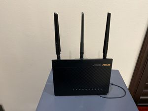 Asus router for Sale in Pembroke Pines, FL