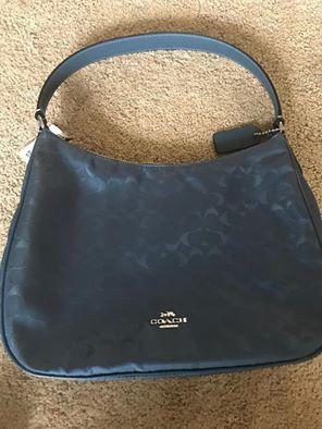 Coach shoulder bag for Sale in Beaverton, OR