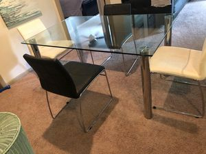 Dining Table Set (5pcs) for Sale in Hialeah, FL