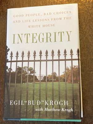Integrity: Good People, Bad Choices, and Life Lessons From the White House for Sale in Chesterfield, MO