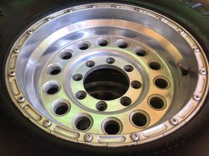 315/75R16 general grabber x3 on 16x8 allied wheels 8x6.5 bolt pattern for Sale in Chico, CA