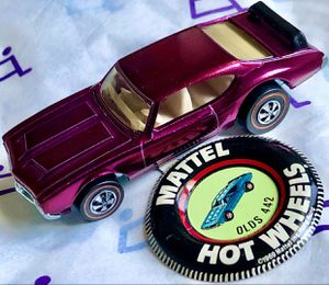 Collector seeking vintage old red line Hot Wheels toy cars 1960s 1970s redline for Sale in Phoenix, AZ