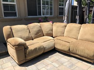 Sectional couch with three recliners. for Sale in Union City, CA