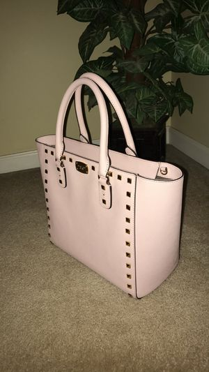 Michael Kors for Sale in Mount Airy, MD