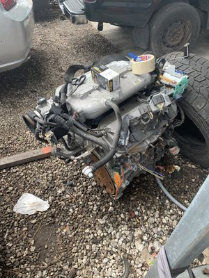 Engine for 2007 saturn vue for Sale in Jacksonville, FL