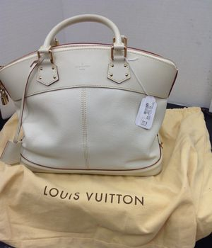 Lockit Louis Vuitton *Certified** for Sale in San Antonio, TX