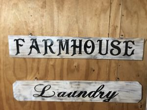 Farmhouse and laundry wood sign for Sale in Fort Meade, FL