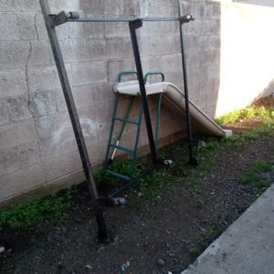 Free Lots Of Good Items If You Are In Need for Sale in Oroville, CA