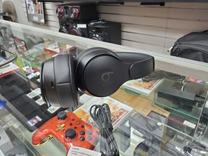 Beats Solo Pro Wireless Headphones Black for Sale in Framingham, MA