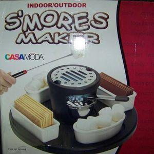 Casa Moda S'mores Maker/ Indoor out door/ New in box/ Original price $74.99 for Sale in Pico Rivera, CA
