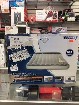 Bestway Air Mattress Queen Size for Sale in Los Angeles, CA