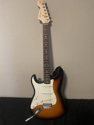 Squier Affinity Stratocaster Left-Handed Electric Guitar Brown Sunburst for Sale in San Diego, CA