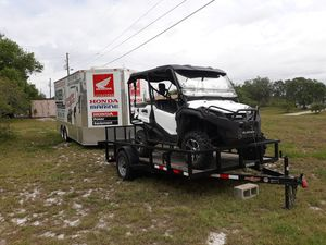 2016 Honda pioneer 1000-5 deluxe for Sale in Frostproof, FL