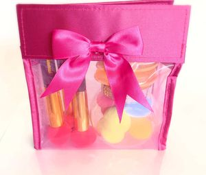 Makeup beauty blender gift set for Sale in Compton, CA