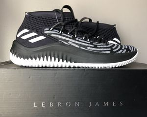 "Adidas Dame 4 ""BHM"" for Sale in Elmhurst, IL"
