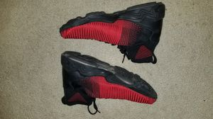 SZ 10.5 NIKE MENS SHOES for Sale in Sterling, VA