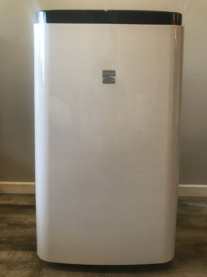 KENMORE PORTABLE AIR CONDITIONER WITH REMOTE for Sale in Los Angeles, CA