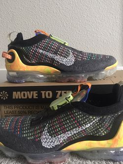 Nike Air Vapormax Size 9.5 for Sale in Federal Way,  WA