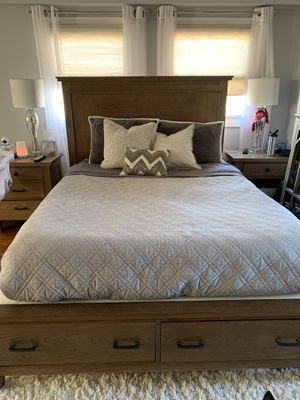 Barnwood Bedroom Set for Sale in Jersey City, NJ