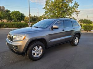 2011 Jeep Grand Cherokee parts for Sale in Riverside, CA
