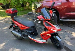 2006 Kymco Super 8 50 2t for Sale in Somerset, MA
