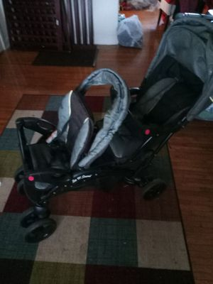 Twin Stroller for Sale in Richmond, VA