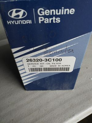 Hyundia Sonata oil filter for Sale in Colton, CA