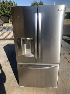 Refrigerator LG stainless steel for Sale in Phoenix, AZ