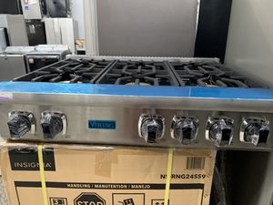 "Viking 36"" range top in stainless steel new open box for Sale in Perris, CA"