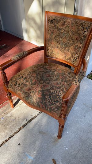 Wooden Chairs for Sale in Pembroke Pines, FL