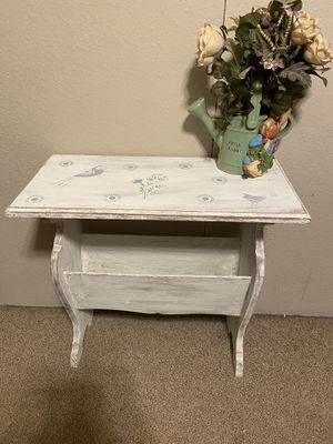 Shabby chic bluebird accent table for Sale in Ellinwood, KS