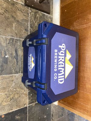 Pyramid Brewing X Grizzly cooler for Sale in Seattle, WA