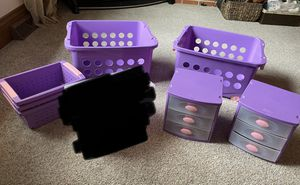 Girl's room storage lot, 7 pieces for Sale in McKees Rocks, PA