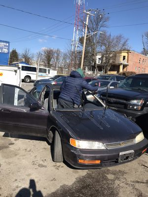 Honda Accord windshields for Sale in Silver Spring, MD
