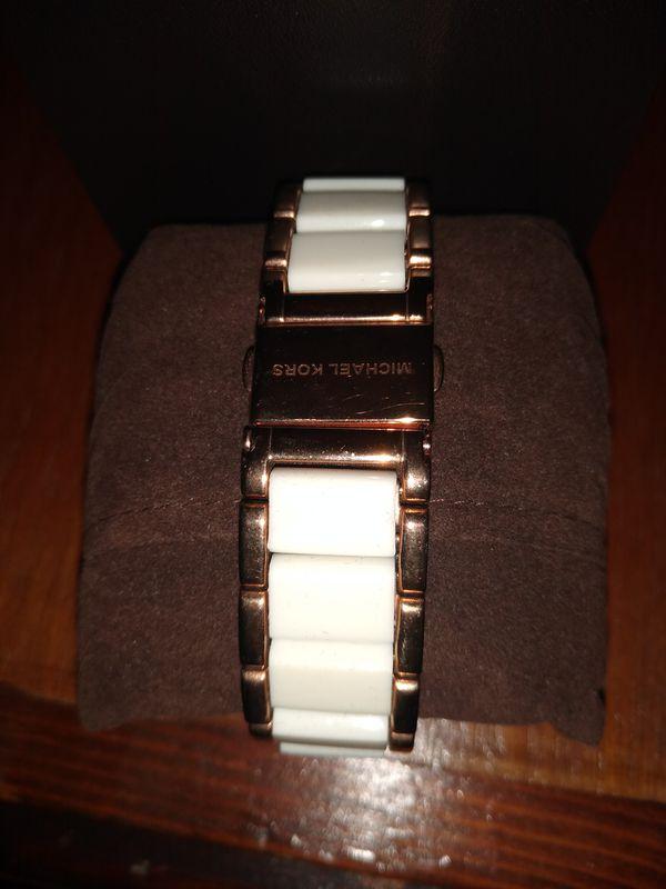 Authentic Michael Kors Women's Watch - Like New!