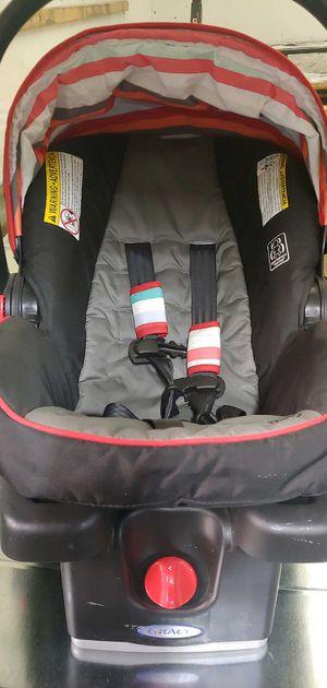 Greco SnugRide click connect 30LX car seat for Sale in Chicago, IL