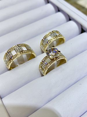 14 karat gold wedding ring made in Italy ( item#MR226) for Sale in Houston, TX