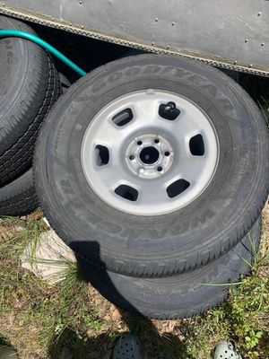 265/70r16 tires for Sale in Spring Hill, FL