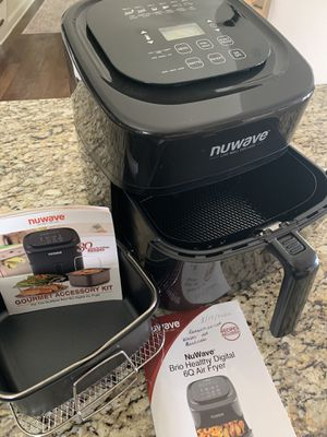 NuWave 6 QT Air Fryer for Sale in Knoxville, TN